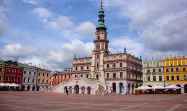 "Zamość is a great example of a city that has retained the original urban layout of an ""ideal Renaissance city"", with fortifications and buildings in which the features of Italian architecture intertwine with the local artistic tradition."