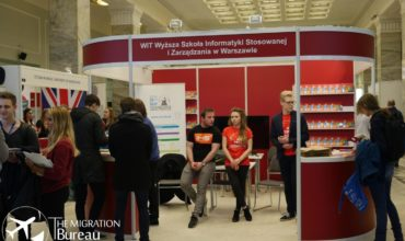 Presentations from Foreign and Polish Universities, meetings with experts. Tips for studying in Poland.