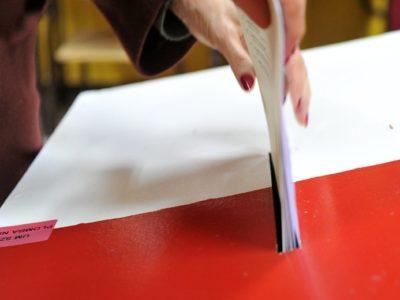 Fot. Lukasz Szelemej/East News   Szczecin, 25.10.2015    Wybory parlamentarne w Polsce.